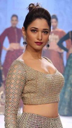 Bollywood Actress Hot Photos, Indian Bollywood Actress, Bollywood Girls, Beautiful Bollywood Actress, Beautiful Actresses, Indian Actresses, South Indian Actress Photo, Indian Actress Images, Beautiful Girl Indian