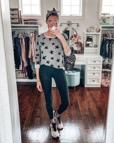 Another casual outfit- lululemon leggings, Nike sneakers, Star print sweatshirt, snake print headband, and leopard bag Layering Outfits, Casual Outfits, Tie Dye Leggings, Weekly Outfits, Loungewear Set, Fashion Group, Vogue Fashion, Printed Sweatshirts, Comfortable Outfits