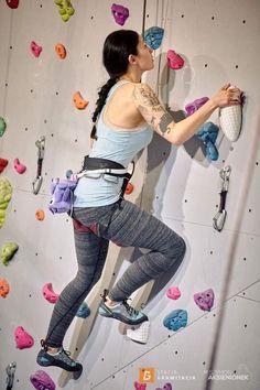 Climbing with Violet Bat Chalk Bag by Crafty Climbing @craftyclimbing