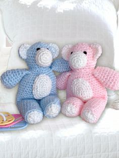 Bears | Yarn | Free Knitting Patterns | Crochet Patterns | Yarnspirations