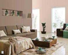A co powiecie na ściany w odcieniu Rose Quartz? To najmodniejszy kolor w tym roku! W zestawieniu z beżowymi i brązowymi dodatkami wygląda naprawdę imponująco :)   Foto: http://www.homebook.pl/inspiracje/salon/143489_-salon-styl-nowoczesny