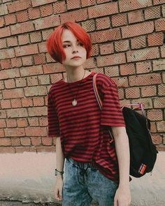 Tomboy Hairstyles, Bun Hairstyles, Cut My Hair, Red Hair, Pretty People, Beautiful People, Short Hair Cuts, Short Hair Styles, Estilo Tomboy