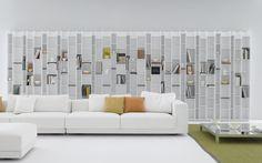 Libreria Random di Mdf Italia realizzata con pannelli, spessore 6 mm, di fibra di legno a media densità laccati in colore bianco microgoffrato;Schienale in melaminico bianco spess