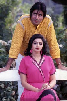 Amitabh Bachchan and Sridevi Bollywood Couples, Bollywood Cinema, Bollywood Actors, Bollywood Celebrities, Beautiful Bollywood Actress, Most Beautiful Indian Actress, Beautiful Actresses, Vintage Bollywood, Indian Bollywood