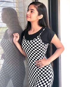 ✅ Anushka Sen Hot HD Photos & Wallpapers for mobile, WhatsApp DP Cute Little Girl Dresses, Cute Girl Pic, Cute Little Girls, Stylish Girl Images, Stylish Girl Pic, Teen Actresses, Indian Actresses, Bollywood, Teen Celebrities