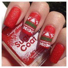 Check out these Christmas nail designs that will get you in the holiday spirit.