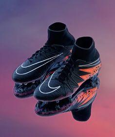 Cool Football Boots, Soccer Boots, Football Shoes, Football Cleats, Football Helmets, Best Soccer Cleats, Nike Cleats, Souliers Nike, Nike Boots