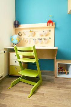 Pracovní stůl pro školáka a židle Stokke Tripp Trapp © Katka Horáková, www.DesignVille.cz