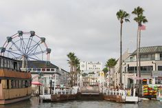 Balboa Island - Newport Beach, California. Makes me want to cry from homesickness -- I came here ALL THE TIME growing up!!!!!!