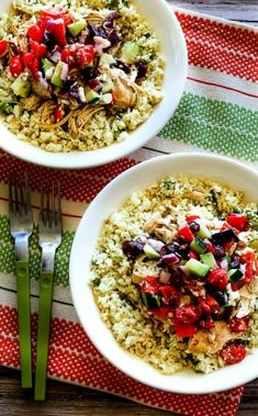 Kalyn's Kitchen®: Slow Cooker Cauliflower Rice Greek Chicken Bowl (Low-Carb, Gluten-Free, Can Be Paleo) Low Carb Slow Cooker, Slow Cooker Recipes, Paleo Recipes, Low Carb Recipes, Crockpot Recipes, Whole Food Recipes, Chicken Recipes, Cooking Recipes, Atkins Recipes