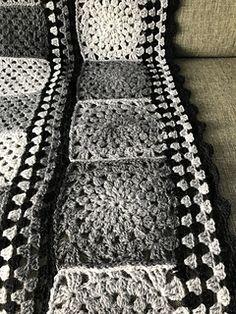 Rauma Finullgarn + Kauni All grey parts are Kauni, black is Rauma Finull. Afghans, Merino Wool Blanket, Ravelry, Grey, Black, Gray, Black People, Crochet Blankets, Comforters