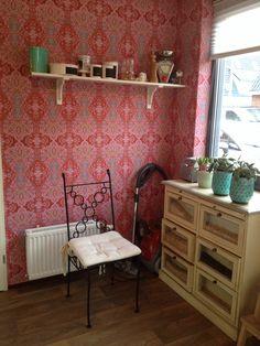 Onze keuken met behang bindi van eijffinger