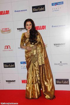 Rekha In Golden Saree at Golden beauties of Bollywood! picture gallery picture # 12 : glamsham.com