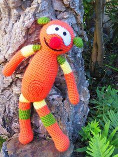 Mic de ganxet - patró gratuït /// Mic de ganchillo -patrón gratuito /// crocheted Mic - free pattern