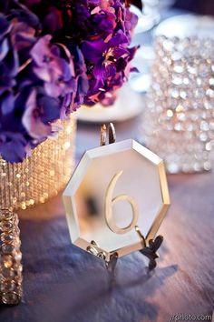 The new glam wedding trend - mirror signs instead of chalkboards (Diy Wedding Table) Art Deco Wedding, Diy Wedding, Wedding Reception, Dream Wedding, Wedding Ideas, Trendy Wedding, Wedding Blog, Table Wedding, Handmade Wedding
