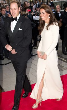 Kate Middleton looked amazing in Roland Mouret (again!)