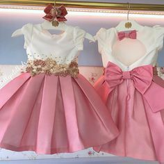 vestido festa Elegant Nails elegant nails on street Frocks For Girls, Dresses Kids Girl, Little Girl Dresses, Kids Outfits, Kids Party Frocks, Kids Frocks, Baby Frocks Designs, Kids Dress Patterns, Dress Anak