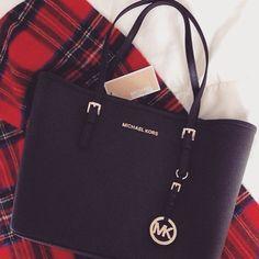 fashion Michael Kors Bags #Michael #Kors #Bags for women, Cheap Michael Kors…  Diese und weitere Taschen auf www.designertaschen-shops.de entdecken