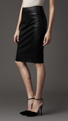 Burberry Leather Pencil Skirt- Gorgeous!