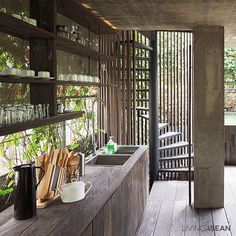 29 Ideas house ideas interior modern stairs for 2019 Interior Tropical, Style Tropical, Modern Tropical House, Tropical House Design, Tropical Kitchen, Tropical Home Decor, Tropical Houses, Modern Interior, Tropical Furniture