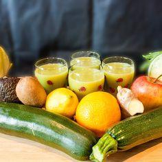 Lemon Cream - mein neuer Lieblingssaft #Apfel #chicoree #Eisberg #gesund #ingwer #Juiceporn #Kiwi #lecker #Orange #Zitrone #zucchini