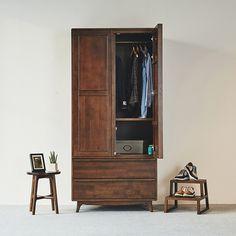 브루클린 원목 입본장(Wood Wardrobe) Cabinet Design, Armoire, Tall Cabinet Storage, Furniture Design, Entryway, Wardrobe Ideas, Introvert, Wood, Ecommerce