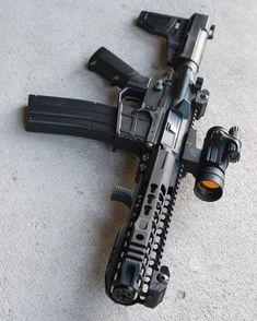 Weapons Guns, Guns And Ammo, Ar Pistol Build, Ar 15 Builds, Custom Guns, Fire Powers, Tactical Gear, Tactical Shotgun, Armada