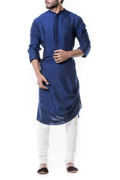 Blue Cowl Kurta Set by Anju Agarwal Kurta Pajama Men, Kurta Men, Mens Fashion Wear, Suit Fashion, Fashion Clothes, Mens Kurta Designs, Designer Suits For Men, Groom Outfit, Groom Wear