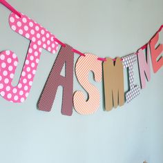 how to make a monogrammed garland