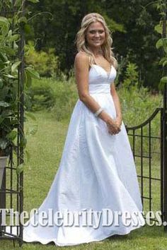 Wedding Dress Inspired by Tess in Movie 27 Dresses #WeddingDresses #WeddingDress