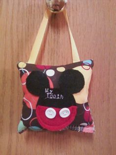 """Ronnie McGrath Homemade Crafts: """"Mickey Mouse"""" Tooth Fairy Pocket Pillow Tutorial"""