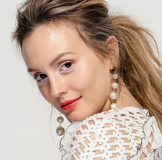 Leighton Meester admits that her iconic TV character of Blair Waldorf had little effect on her personal style, and she typically wears leggings most days. Gossip Girl, Interview Style, Pearl Earrings, Hoop Earrings, Fashion Forecasting, Leighton Meester, Blair Waldorf, Leggings Fashion, Best Makeup Products