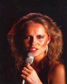 Anita Hegerland   Singer