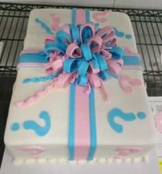 Baby Gender Reveal Cake-- i will pay my doctor to order one for me lol Gender Reveal Party Games, Gender Party, Baby Shower Gender Reveal, Reveal Parties, Baby Reveal Cakes, Gift Box Cakes, Cute Cakes, Baby Shower Cakes, Cupcake Cakes