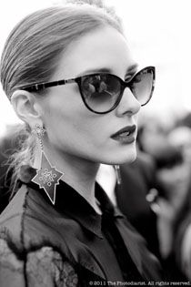 Olivia Palermo in Dior Zeli sunglasses.never liked her but love her style Cheap Ray Ban Sunglasses, Sunglasses Outlet, Cat Eye Sunglasses, Sunglasses Women, Dior Sunglasses, Sports Sunglasses, Sunglasses 2016, Retro Sunglasses, Sunglasses Online