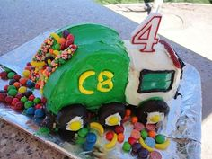 Totally Awesome Truck Birthday Cakes: Fire Engines, Bulldozers, You Name It! | iVillage.ca