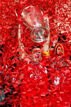 UEFA Champions League - Liverpool win the Cup v AC Milan ..... Get your FREE DOWNLOAD of the SportsQuest app at www.sportsquestapp.com @SportsQuestApp