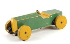 Rennauto - Things i like to make - - Diy Spielzeug - Wooden Toy Trucks, Wooden Car, Wood Block Crafts, Wooden Projects, Tech Toys, Designer Toys, Wood Toys, Antique Toys, Diy Toys