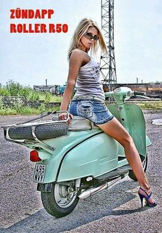 Scooters and women. Piaggio Vespa, Vespa Scooters, Moto Vespa, Vespa Motorcycle, Vespa Bike, New Vespa, Lambretta Scooter, Motor Scooters, Chevrolet Cruze