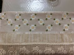 Hardanger Embroidery, Embroidery Stitches, Bargello, Cross Stitch Borders, Stitch 2, Blackwork, Table Runners, Ravelry, Lily