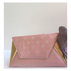 #Pink Hand-Woven Silk with #Italian Metallic #Gold Leather Large #Sona Clutch.  Perfect #Spring Accessory.  #islyhandbags #armcandy #clutch #love