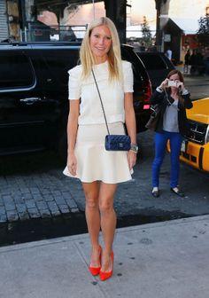 Qwyneth Paltrow - skirt & red high heels