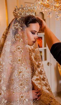 Quinceanera Dresses, Prom Dresses, Fantasy Wedding, Wedding Veils, Dream Wedding Dresses, Dream Dress, Beautiful Bride, Bridal Gowns, Nice Dresses