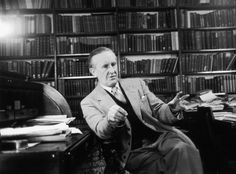 """#2634941 / gettyimages.com   In """"Epic Pooh,"""" a lengthy, cantankerous essay on J.R.R. Tolkien's Lord of the Rings that savages the trilogy's nostalgic, middle-class ideology, fantasy maven Michael Moorcock takes a long quotation from a 1969 review by Clyde S. Kilby as his epigraph."""