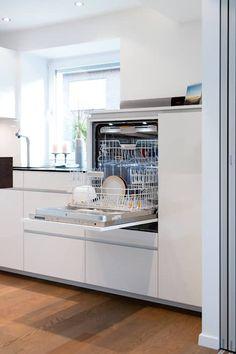 Máquina de lavar louça construída: cozinha by klocke möbelwerkstätte gmbh - Küchen - Ideen - Kitchen Decorating, Home Decor Kitchen, New Kitchen, Kitchen Ideas, Kitchen Mats, Funny Kitchen, Eclectic Kitchen, Cheap Kitchen, Kitchen Layout