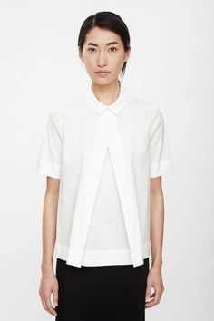 COS Pleated front shirt 41€