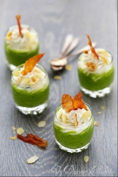 Cappuccino froide de courgettes, ricotta, amandes et chips de jambon - Zucchini and ricotta cappuccino ©Edda Onorato