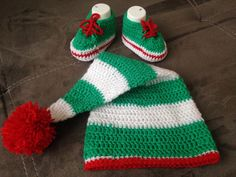 crochet dwarf hat and shoes by steficrochetideas on Etsy https://www.etsy.com/listing/252875700/crochet-dwarf-hat-and-shoes