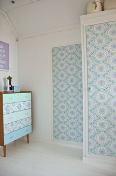 I'm on a total wall paper kick. This would be a fun project Furniture Makeover, Diy Furniture, Spearmint Baby, Recycled Furniture, Wall Wallpaper, Color Patterns, Repurposed, Design Inspiration, House Design