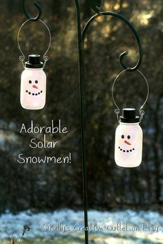 2 Snowman Mason Jars which are also a by KellysCreativeOutlet.